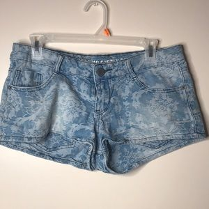 Lace Print Jean booty shorts